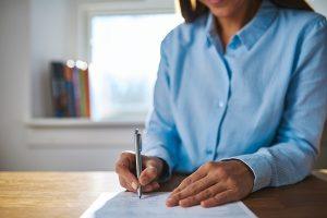 Wybierz odpowiednią dla siebie umowę. Umowa o pracę czy kontrakt b2b?